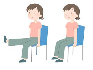 膝関節伸展運動を行う女性のイラスト